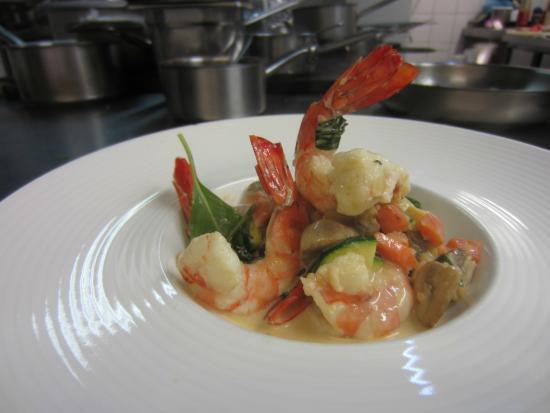 Maisonsgoutte, فرنسا: Gambas au curry
