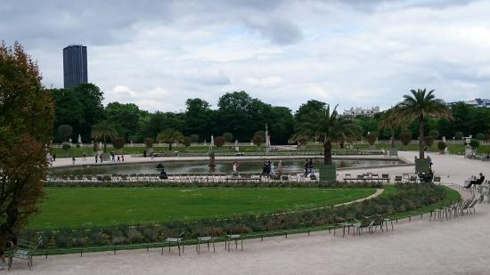 Jardin picture of luxembourg gardens paris tripadvisor for Jardin du luxembourg hours