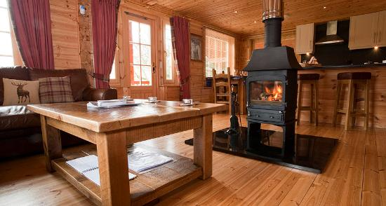 Wildside Highland Lodges: Dalwhinnie Premier