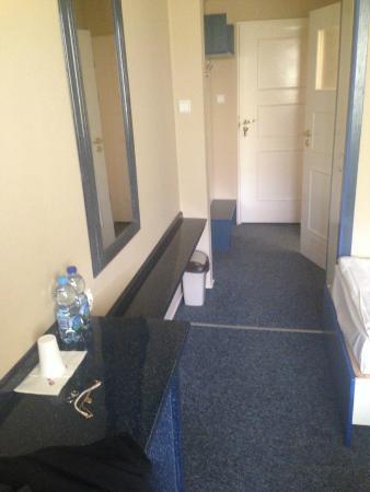 Hotel 500 Strykow: Wejście do pokoju