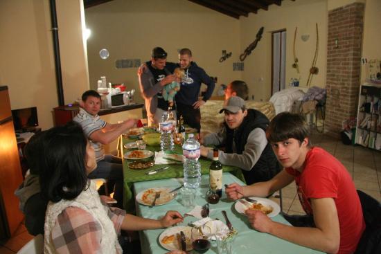 Bed & Breakfast La Corte : ужин с вином