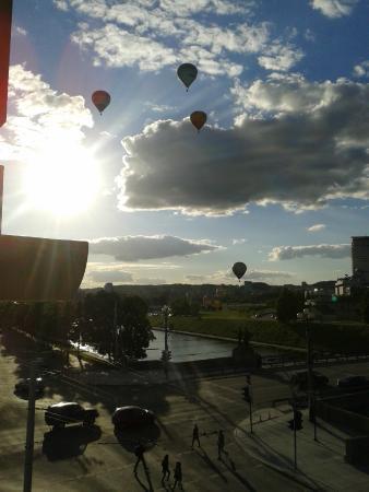 beatiful hot air ballons
