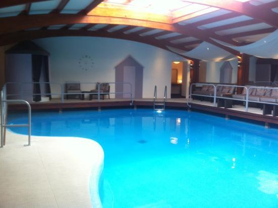 Piscine et spa photo de atlantic hotel spa les sables for Piscine spa