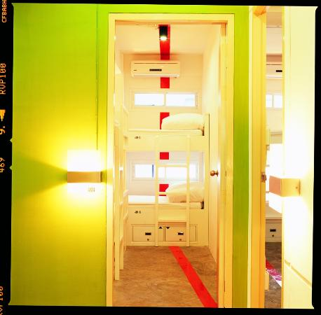 HQ Hostel Silom: Our designed corridor