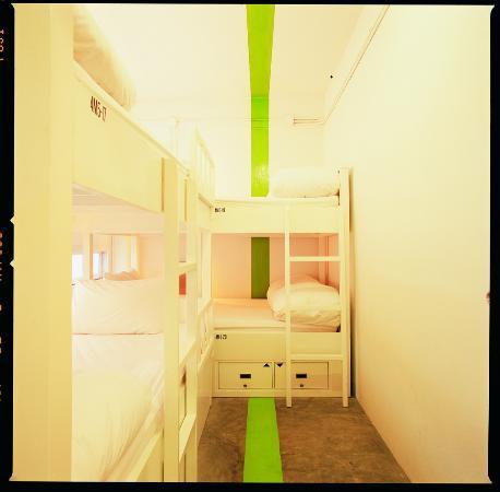 HQ Hostel Silom