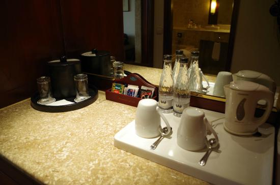The Sultan Hotel Residence Jakarta Coffee Tea Set Up With Ice Bucket