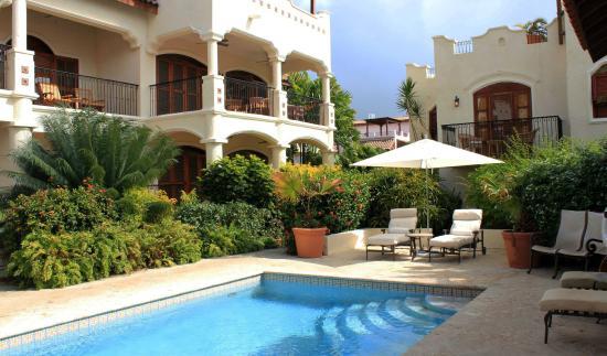 Cap Estate, Σάντα Λουσία: Beautiful pool tucked away in the grounds