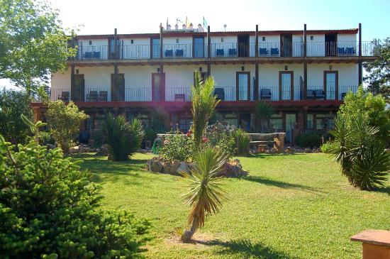 Hotel Rural El Cortijo: Habitaciones con vistas a la piscina