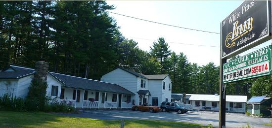 White Pines Inn