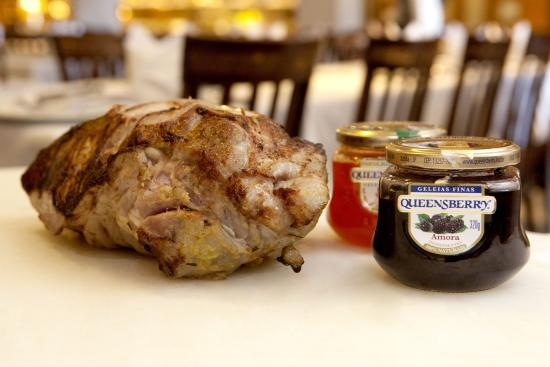 Churrascaria Estancia : Javali com geléia