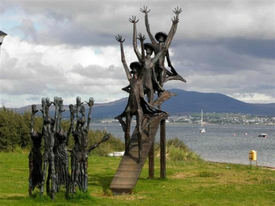 Milford, ไอร์แลนด์: Flight of The Earls Sculpture, Rathmullan