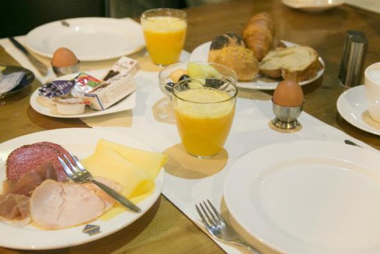 Landgoed Kasteel Oud-Poelgeest: ontbijt