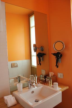 Petronilla Hotel : Il bagno