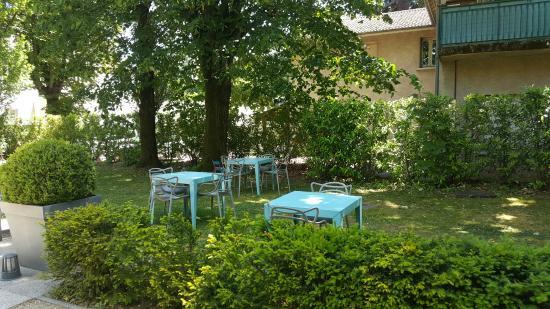 La Villa Margot: jardin entree
