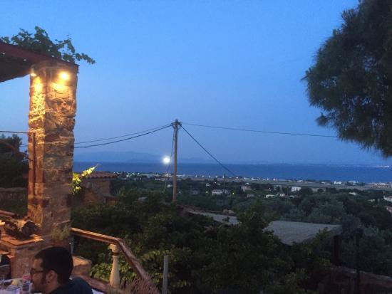 To Apomero, Chios Town - Restaurant Reviews, Photos & Phone ...