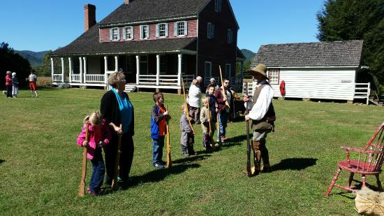 Fort Defiance, Lenoir, NC: Learning to drill and muster