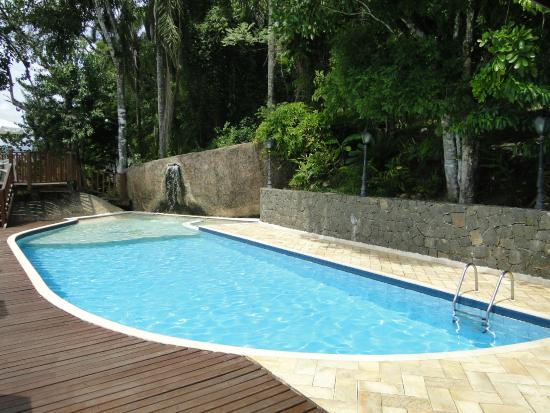 Hotel Coquille - Ubatuba: Swimming Pool