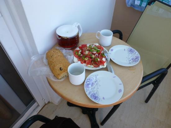 Paligremnos Apartments: Śniadanie na balkonie (we własnym zakresie).