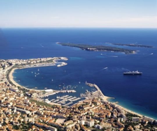 Hotel Le Florian Cannes: Une baie magnifique qui n'attend que vous