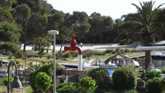 Hotel Cala Galdana & Villas d'Aljandar: The view from our part of the terrace.