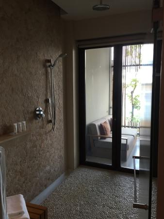 IndoorOutdoor shower area Picture of Andaz Peninsula Papagayo