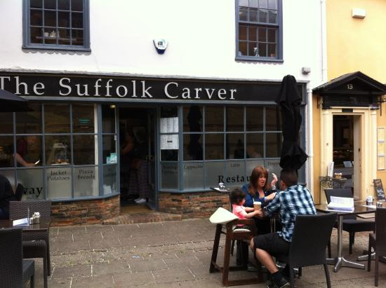 The Suffolk Carver: OUTSIDE SEATING AREA