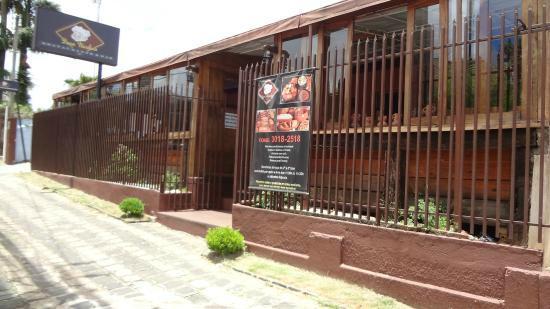 Restaurante e sua fachada