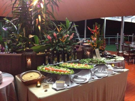Amazon Jungle Palace: buffet na tenda