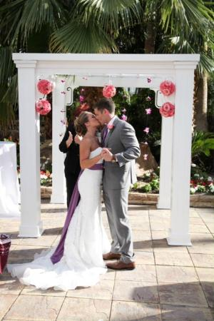 Tropicana LV Weddings: First kiss