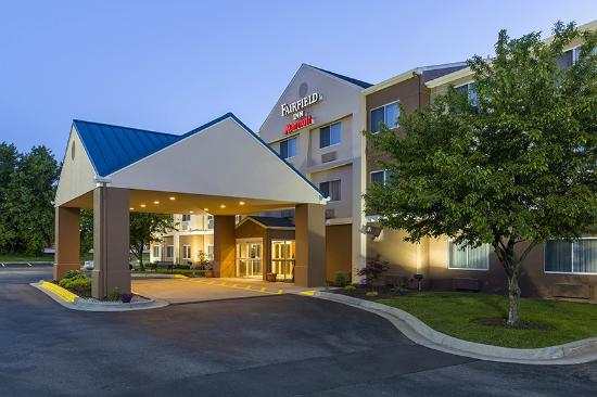 Fairfield Inn Mankato: Hotel Exterior