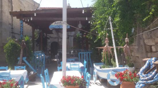 Anchor Tavern: Anchor by Lefteras Taverna