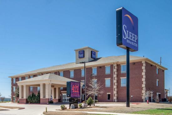 Sleep Inn & Suites: Welcome Back