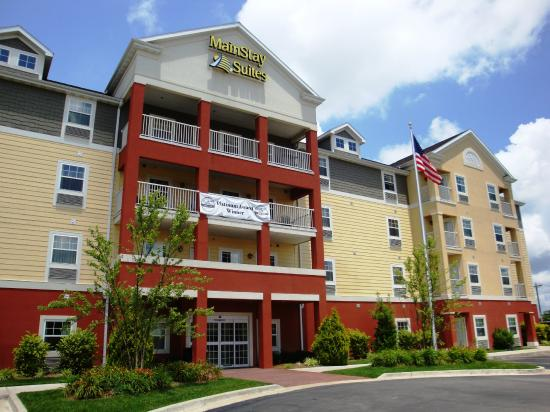 Photo of MainStay Suites Saint Robert