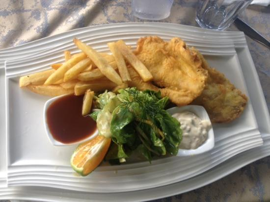 Surf And Turf : Fish & chips for lunch!