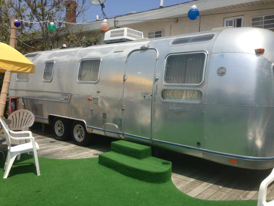 The StarLux Hotel & Suites: our airstream