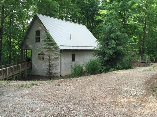 Photo of Cherry Ridge Retreat - Hocking Hills New Plymouth