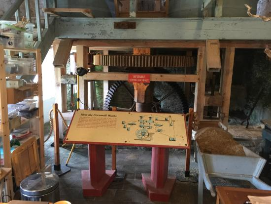 Another photo of the mill