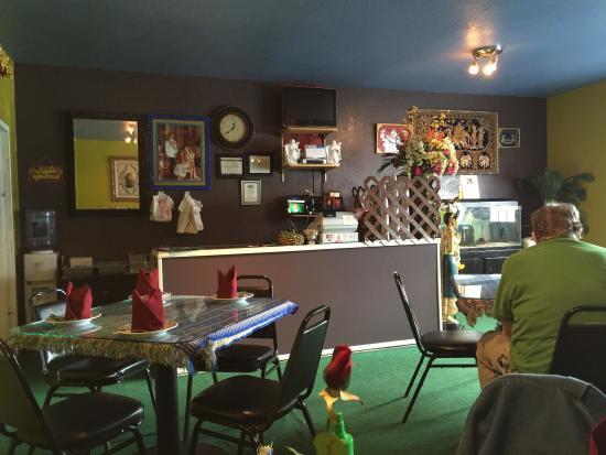 Air thai cuisine asian restaurant 180 moore st in for Air thai cuisine