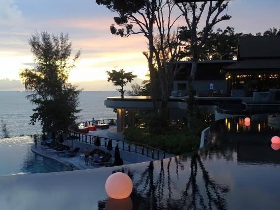 Pullman Phuket Arcadia Naithon Beach: Wonderful sunsets
