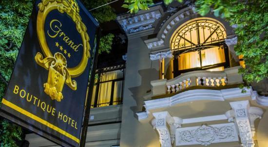 Grand Boutique Hotel