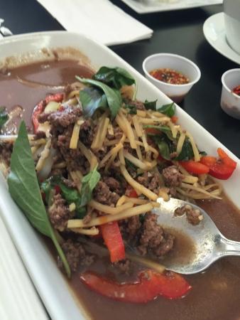 Lahn Pad Thai Restaurant Menu