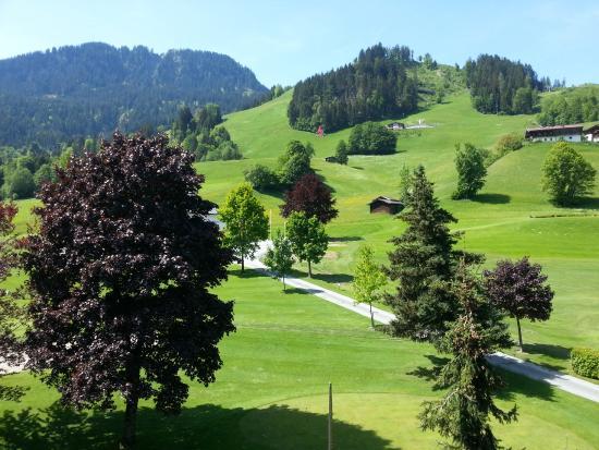 Rasmushof Hotel Kitzbühel: Toller Blick auf die Streif