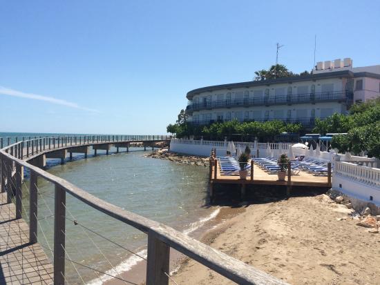 View of hotel fotograf a de hotel juanito platja sant for Sant carles de la rapita fotos