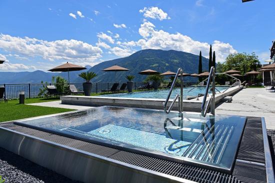 Hotel Patrizia Wellness & SPA: Außenwhirlpool