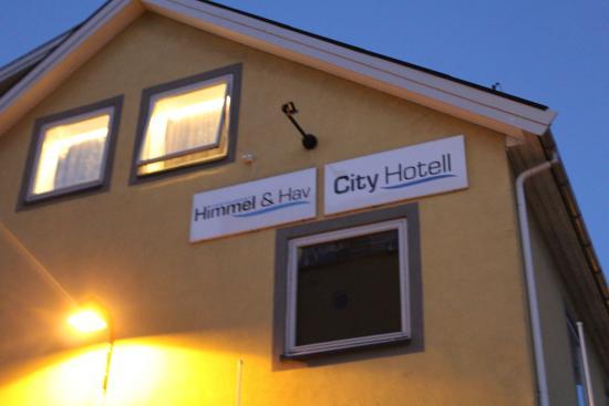 City Hotell : Вывеска