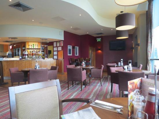 Premier Inn London Wimbledon South Hotel Restaurant At Breakfast