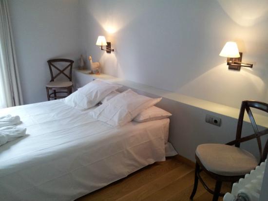 Hotelet del Bac: Suite Camprodon, detalle cama