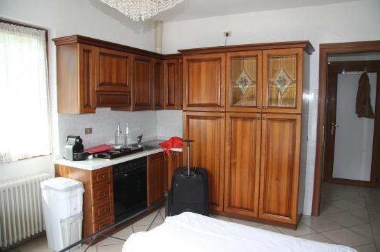Villa margherita die küchenzeile im zimmer