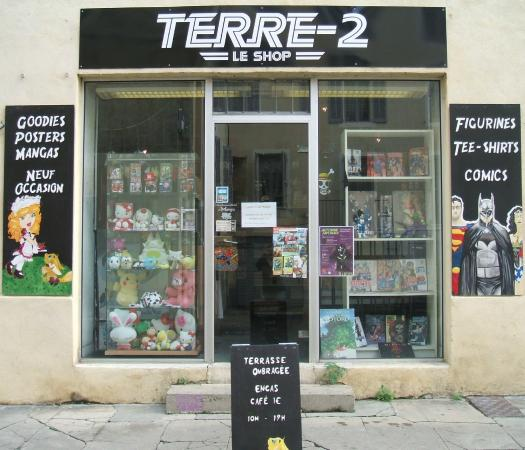 Terre-2 Manga-Café