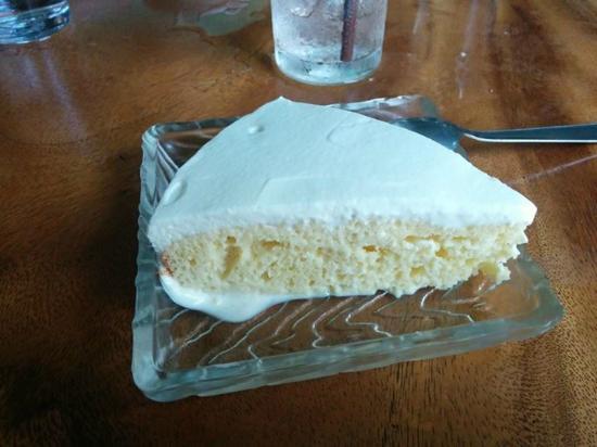 Alma Cafe : Amazing Tres leches